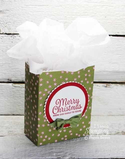 One of my favorite DIY christmas gift bag ideas