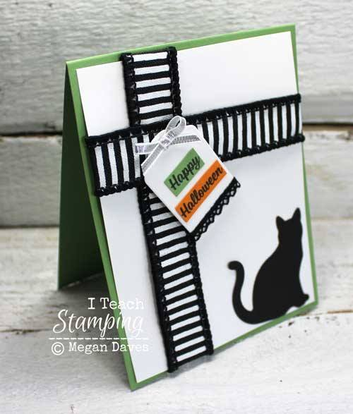 Simple and cute cat card for Halloween