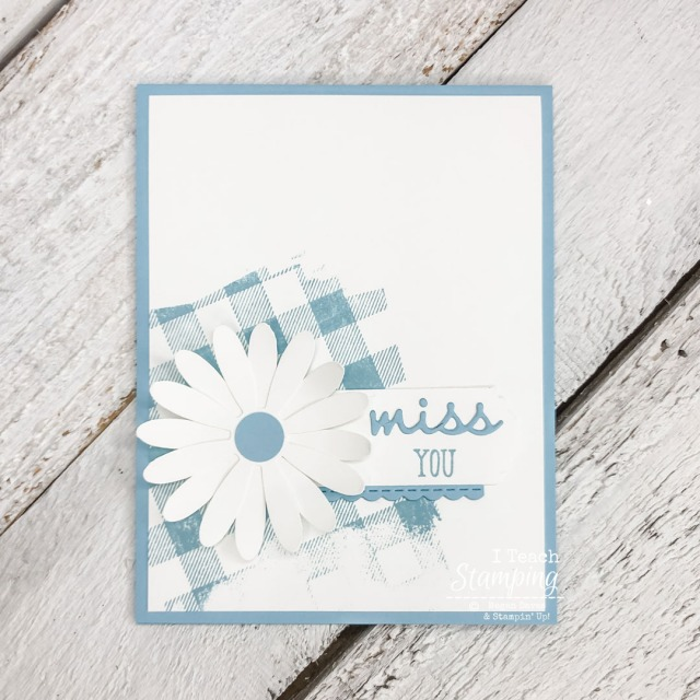 A simple card design featuring a cute paper daisy can be made in no time - come see how!