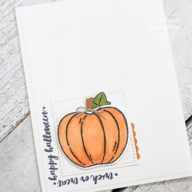 A pumpkin card that can easily and quickly be made to send out for Halloween